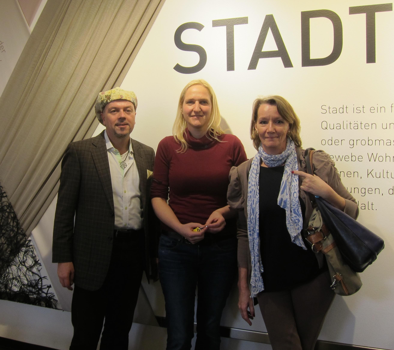 """Spezial-Führung durch die Ausstellung """"Stadtgewebe"""" in Wien für Die WoGen"""