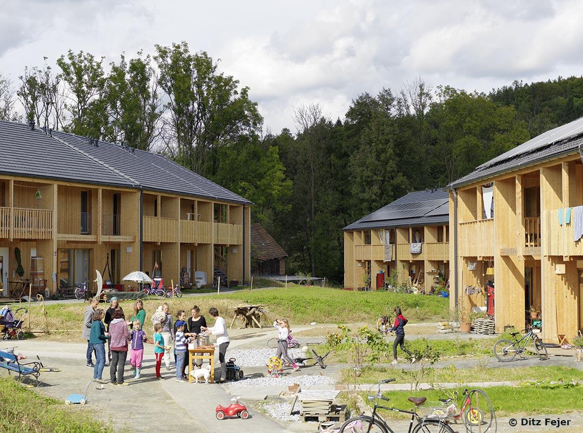 Standard.at: Neues Wohnen auf dem Land kann richtig gut sein
